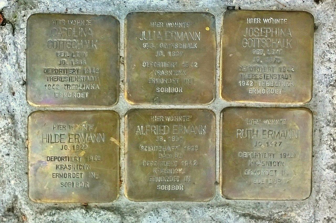 Stolpersteine Ahrweiler Auf der Rausch 12.jpg