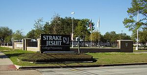 Strake Jesuit College Preparatory - Image: Strake Jesuit Cut