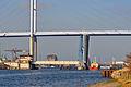 Stralsund, Strelasundquerung, Ziegelgrabenbrücke und Rügenbrücke, 7 (2012-01-26) by Klugschnacker in Wikipedia.jpg