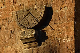 Ilminster - Sundial on the former Ilminster Grammar School building, dated 1586