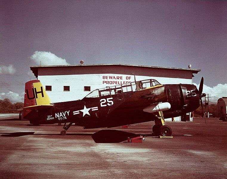 File:TBM-3U NAS Barbers Point 1948.jpg