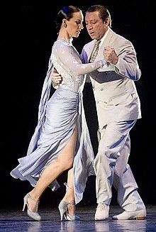 A couple dances Argentine Tango