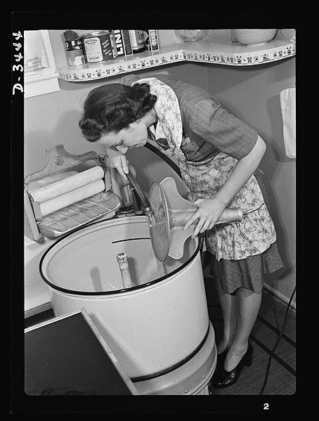 File:That washing machine has to last for a long time 8e10762v.jpg