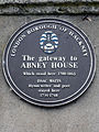 The gateway to Abney House Which stood here 1700-1843 Issac Watts Hymn-writer and poet stayed here 1734-1748.jpg