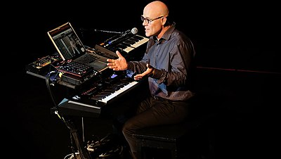 Picture of a band or musician: Thomas Dolby