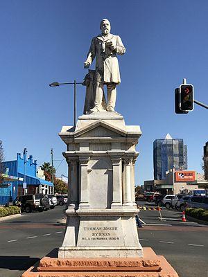 Thomas Joseph Byrnes - Statue of Thomas Joseph Byrnes in Warwick