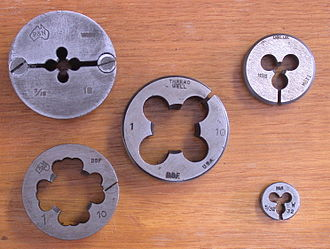 Tap and die - Five die sizes and types