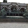 Tomba Campari opera di Giannino Castiglioni al cimitero monumentale.jpg