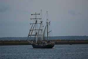 Tonnerres de Brest 2012 - 120715-104 Thalassa.jpg