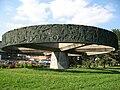 Torino - Monumento all'autiere d'Italia lato Po.jpg