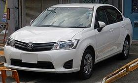 Toyota Corolla Axio (E160) front (cropped).JPG