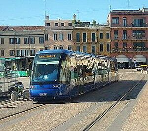 Trams in Padua - Image: Translohr padova