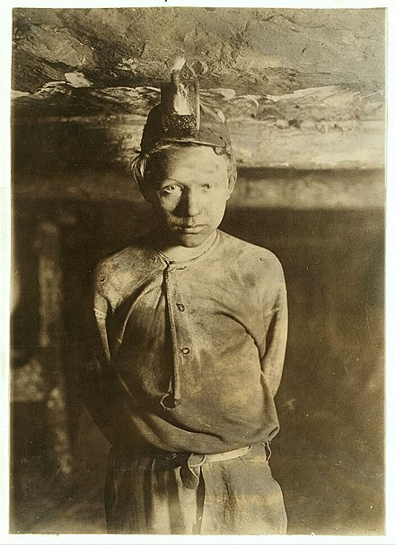 Child labor in the coal mines of West Virginia, 1908, by Lewis Hine Trapper Boy.jpg