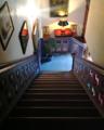 Treppe im Flur 1 (Hotel Bremer Hof in Lüneburg).png