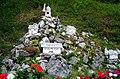 Triglav Aufstieg für Gartenzwerge (48551589641).jpg