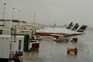 USAir passenger jets at Charlotte/Douglas Inte...