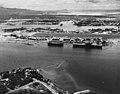 USS Hornet (CV-8) and USS Long Island (AVG-1) at Pearl Harbor, 1 August 1942 (NH 83996).jpg