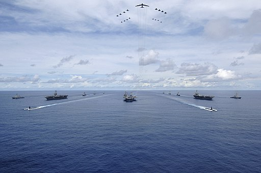 US Navy 070814-N-6106R-148 USS Nimitz (CVN 68), USS Kitty Hawk (CV 63) and USS John C. Stennis (CVN 74) Carrier Strike Groups transit in formation during a joint photo exercise (PHOTOEX) during exercise Valiant Shield 2007