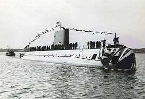 US Navy 120120-N-ZZ999-002 In this file photo taken Jan. 21, 1954, the nuclear-powered submarine USS Nautilus (SSN 571) is in the Thames River shor.jpg