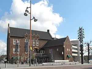 Uden - Image: Uden, gemeentehuis foto 6 2012 03 19 15.14