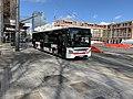 Un bus TCL devant la bibliothèque municipale Lyon-Part-Dieu (Lyon) - mars 2019.jpg
