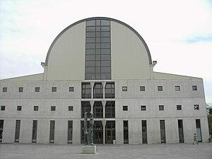 Universidad Pública de Navarra - The library building.