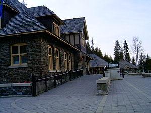 Banff Upper Hot Springs - Image: Upper Hot Springs Banf BNP 2531