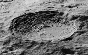 Vavilov (crater) - Oblique Lunar Orbiter 5 image