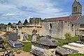 Vestiges de l'ancienne église Saint-Pierre de Bréville-les-Monts (3).jpg