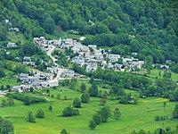 Vielle-Louron village.JPG