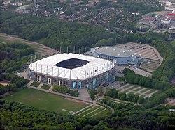 Volksparkstadion.jpg