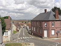 Vue du centre du village de Pronleroy.JPG