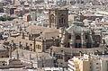 Vue sur la Cathédrale de l'Incarnation depuis la Tour de Guet de l'Alcaza (8277367236).jpg