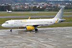 Vueling, EC-MES, Airbus A320-232 (28355151302) (2).jpg