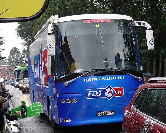 Wallers - Tour de France, étape 5, 9 juillet 2014, arrivée (A57).JPG