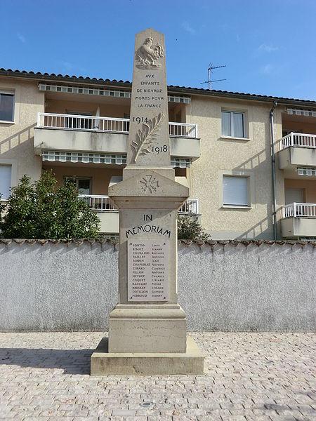 War memorial of Niévroz.
