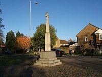 War memorial trumpington.jpg