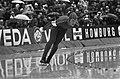 Wereldkampioenschappen schaatsen voor amateurs in Deventer Jan Derksen in aktie, Bestanddeelnr 926-2308.jpg