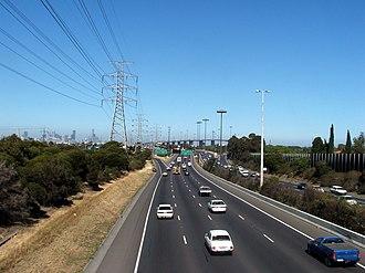 West Gate Freeway - West Gate Freeway citybound before the Williamstown Road interchange.