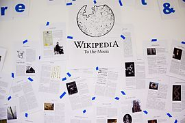 Wikipedia to the Moon Artikel.jpg