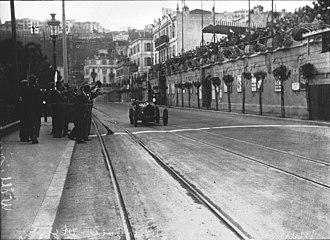1929 Monaco Grand Prix - Winner William Grover-Williams crossing the finish line