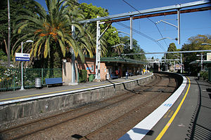 Wollstonecraft railway station.jpg