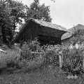 """""""Čebujak"""" (čebelnjak) (v zimi 1955-56 so vse čebele zmrznile), Kočarija 1956.jpg"""