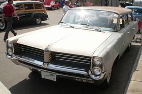 '64 Pontiac Safari (Cruisin' At The Boardwalk '11).jpg