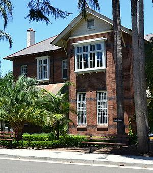 Grace Cossington Smith - Vindin House at Abbotsleigh School