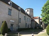 École, mairie et église de Saint-Hilaire-la-Croix 2019-06-02.JPG
