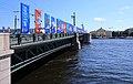Дворцовый мост через р. Неву. Санкт-Петербург 2H1A5303WI.jpg