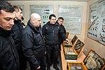 Олександр Турчинов вручив гвинтівки нацгвардійцям 0903 (25974774670).jpg