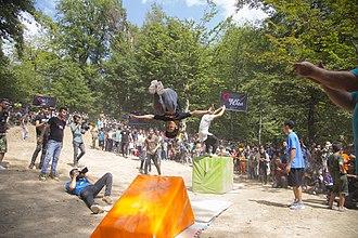 Gorji Mahalleh, Mazandaran - Image: فستیوال نبض گرجی محله جشن رنگ ورزش های نمایشی و سرسره گلی 22