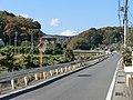 富士が顔だけ覗かせる - panoramio.jpg